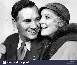 Walter Huston y Kay Johnson (Infografía))