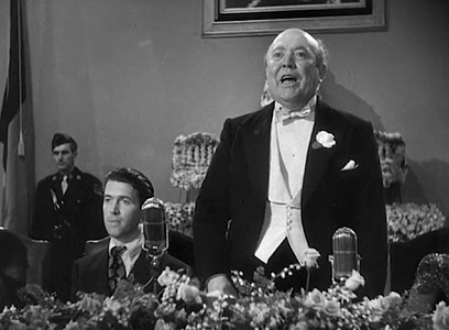 "<img src=""Hopper.jpg"" alt=""El Gobernador Hopper, presentando a Jeff Smith"">"