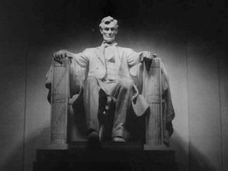 """<img src=""""Lincoln.jpg"""" alt=""""EN ESTE TEMPLO COMO EN LOS CORAZONES DE LA GENTEPOR QUIEN SALVÓ LA UNIÓN"""">"""