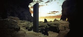 """<img src=""""2001. Una Odisea del Espacio"""" alt=""""El primer monolito"""">"""