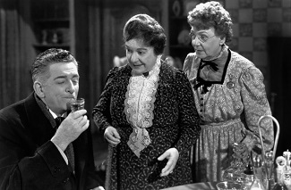 "<img src=""Arsenic and Old Lace"" alt=""Arsenic and Old Lace: la falsa compasión""> (Infografía)"