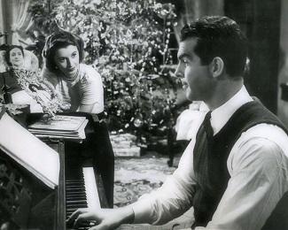 "<img src=""It's a Wonderful Life"" alt="" Stanwyck y MacMurrray en Remember the Night"">"