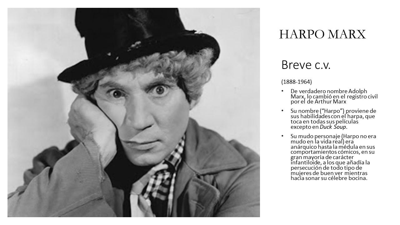 Foto blanco y negro de un hombre con sombrero Descripción generada automáticamente