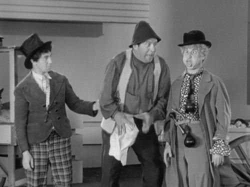 """Chico and Harpo with Edgar Kennedy in """"Duck Soup"""" from 1933 ..."""