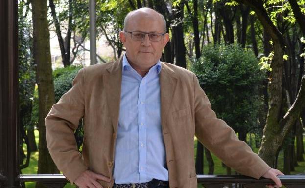 """Juan Manuel Burgos y su propuesta de la """"experiencia integral como orientación para el texto filosófico fílmico de Ruggles of Red Gap"""